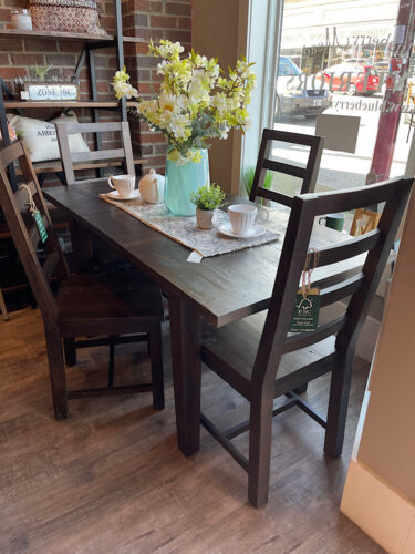 SALE New England Small Extending Table & 4 Chairs in Black Bean